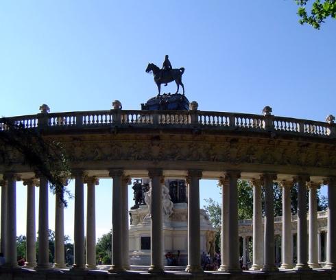 008 Alfonso XII Estanque del Retiro
