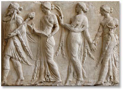 Dionisos y las horas. relieve a ño 100 a.c. museo Louvre