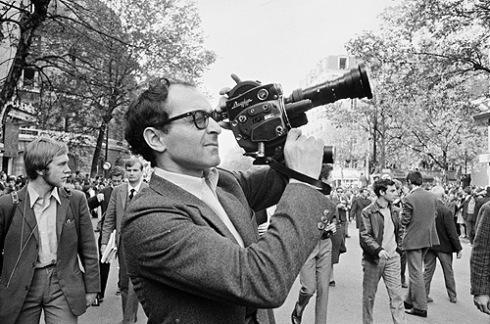 Jean-Luc-Godard cámara en mano
