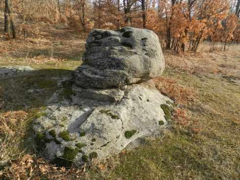 hoyocasero altar de piedra