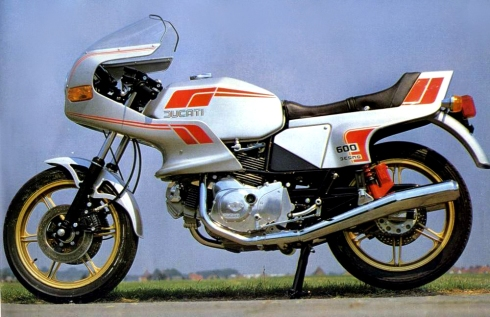 Ducati 600 SLPantah 1