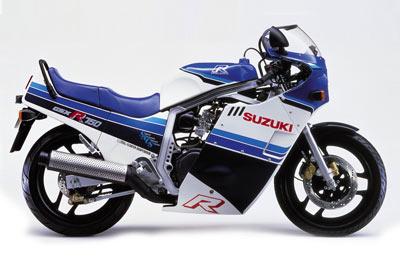 022 suzuki 1985_gsxr750