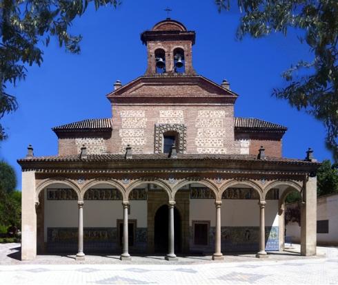 015 Basilica exterior 002