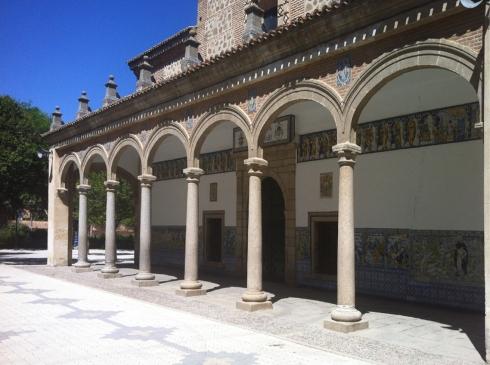 016 Basilica exterior 009