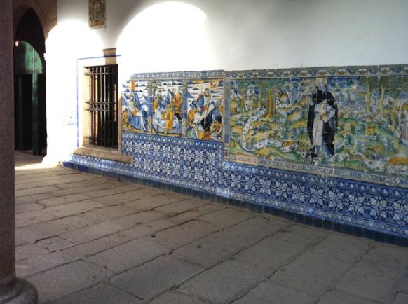 028 Basilica exterior 001