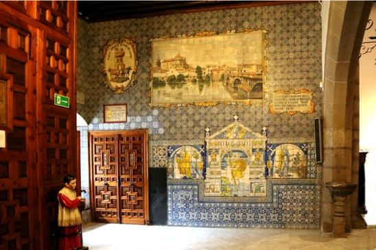 035 interior basilica