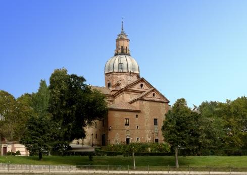 039 Basilica del prado e